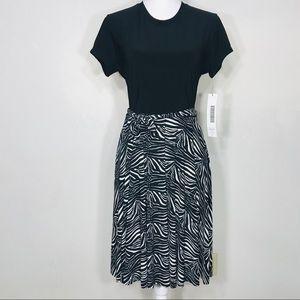 NWT Kamali Kulture Short Sleeve Flared Dress Sz Lg